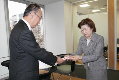 2009年度SI大阪チャリティバザー 成功裡に終了